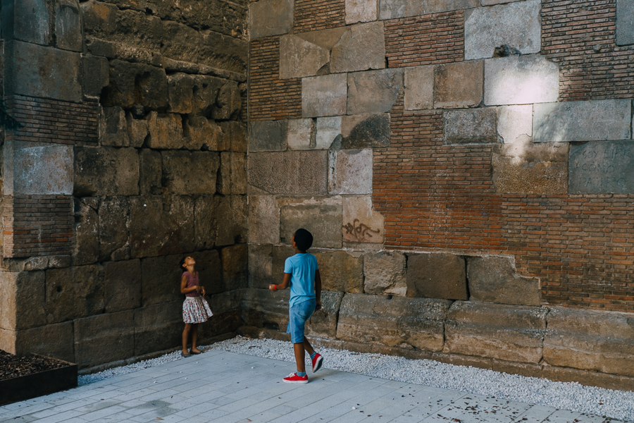 Children playing, photography by Ilias Antoniou